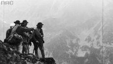 Grupa ratowników w górach, 1937 (Narodwe Archiwum Cyfrowe)