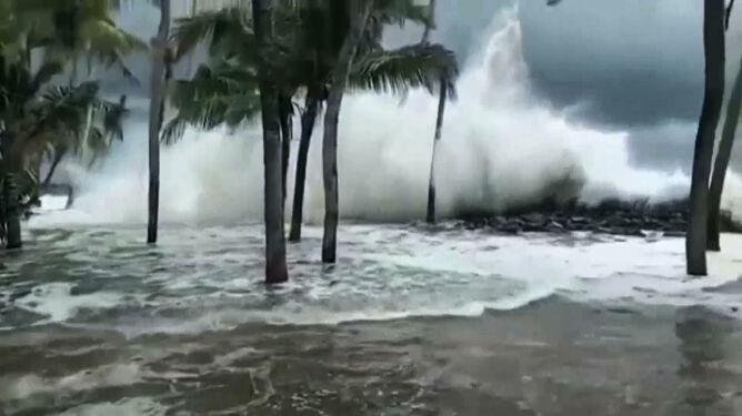 Indiom zagraża kolejna katastrofa. Na ląd ma wejść silny cyklon tropikalny